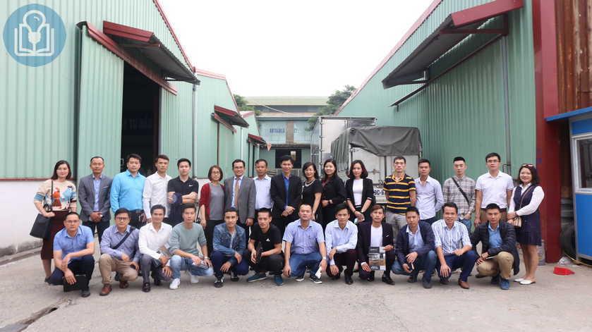 Lớp CPO09 tham quan kiến tập tại Công ty Cổ phần Thiết Bị Năm Sao Việt