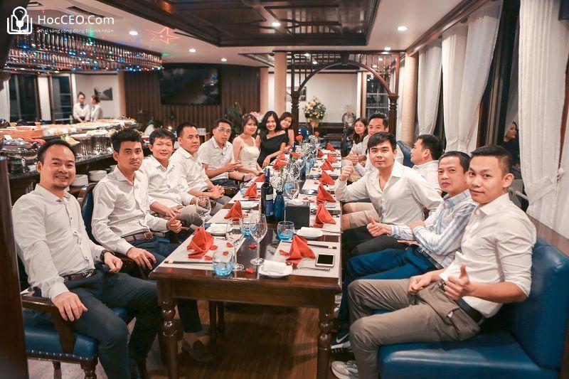 Teambuilding CEO 157 PTI HN